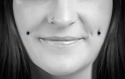 Cheek piercings dimple jewellery oral piercing guide uk for Plastic cheek piercing jewelry