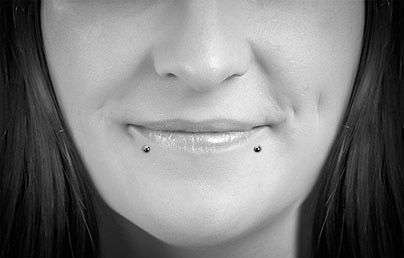 Snake Bite Piercings Labret Bars Bcrs Lip Piercing Guide Uk