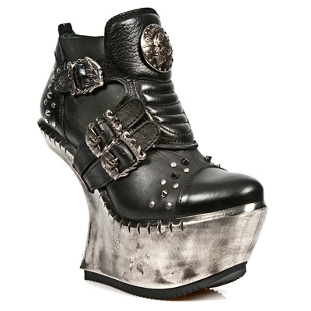 Gothic Shoes And Boots Uk