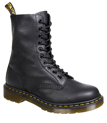 Dr Martens Virginia 1490 Boots (Black)