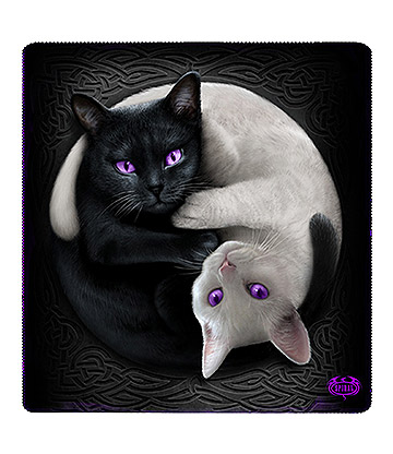 Spiral Direct Yin Yang Cats Jumbo Fleece Blanket (Black/White)