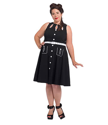 Voodoo Vixen Gretta Petal Plus Size Dress (Black)