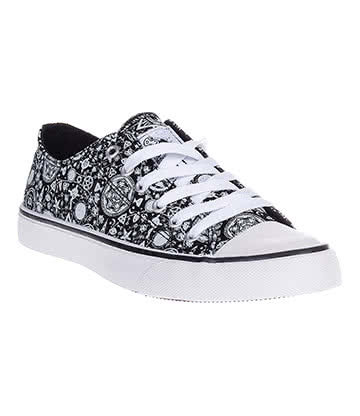 Bleeding Heart Occult Symbols Canvas Shoes (Black/White)